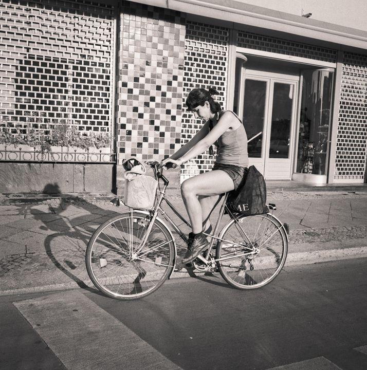 Berlin: woman on bike - Ron Greer Photography