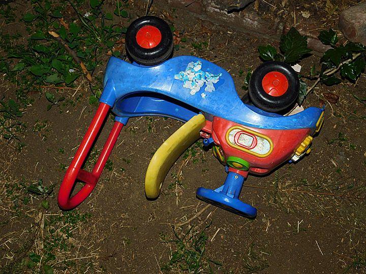 Forgotten Toy One - Jeronimo Rubio