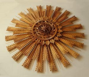 "Wood carving, rosette ""sun"", walnut - UNIKAT"