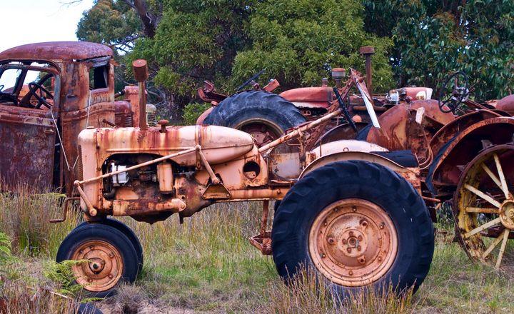 Basic Tractor - tasmanianartist D1g1tal-M00dz