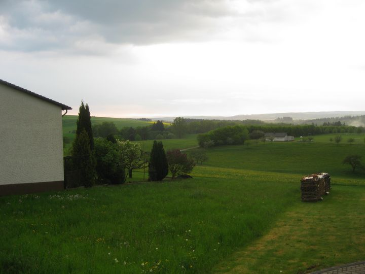 Beautiful atmospheric Landscape - Christian Frömsdorf