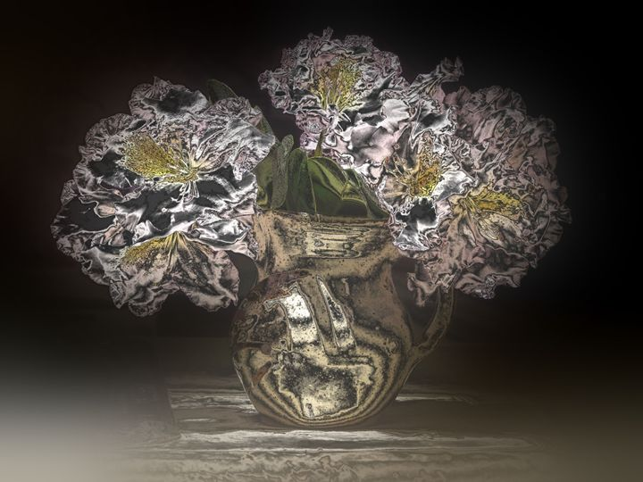 Flowers in Small Vase 1001158 - Rina J White