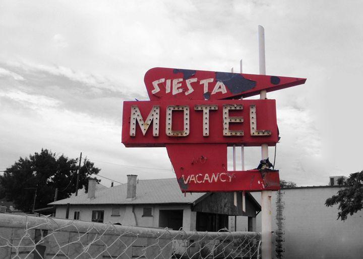 Siesta Motel - Gata Lata