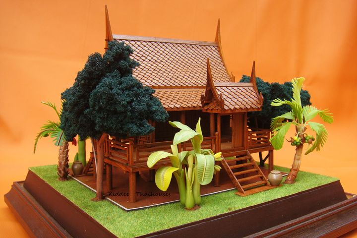 Golden teak wood Thai house - Single - KiddeeThaihouses