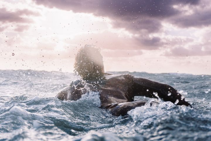 Happiness among the waves - Hampus Torbjörnsson