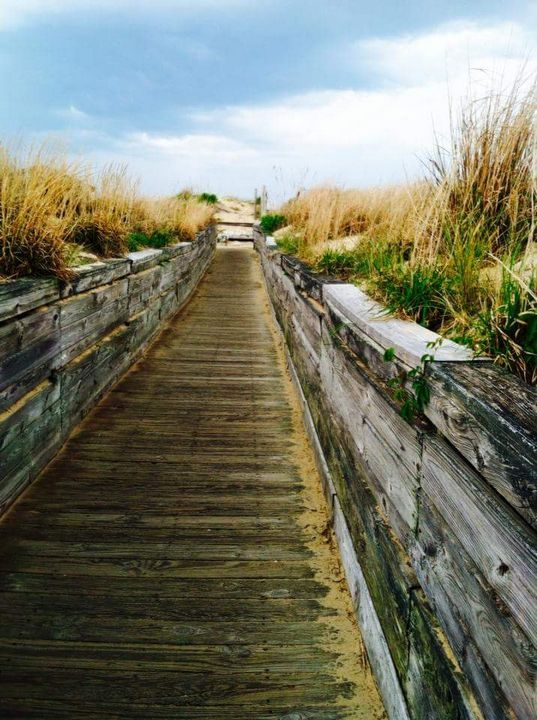 Beach vibe - HotCoffeeStudios