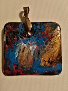 Hand painted pendant/neck accessory - Cocca Virginia