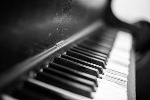 Dilapidated Piano