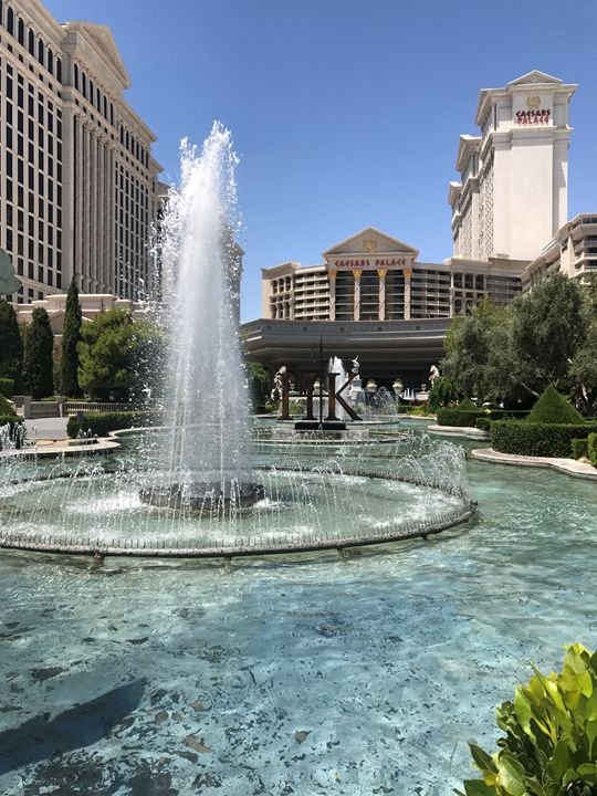 Caesar's Palace Fountains - Tim Thompson