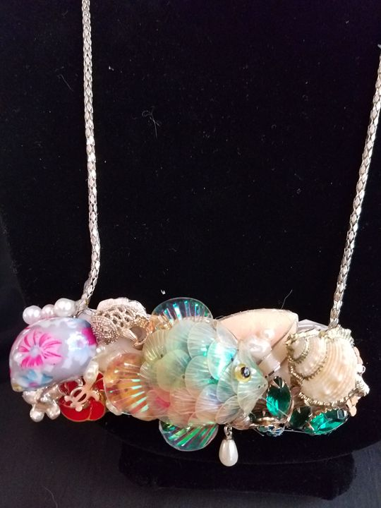 Cindy in the Sea - American Artistic Jewelery