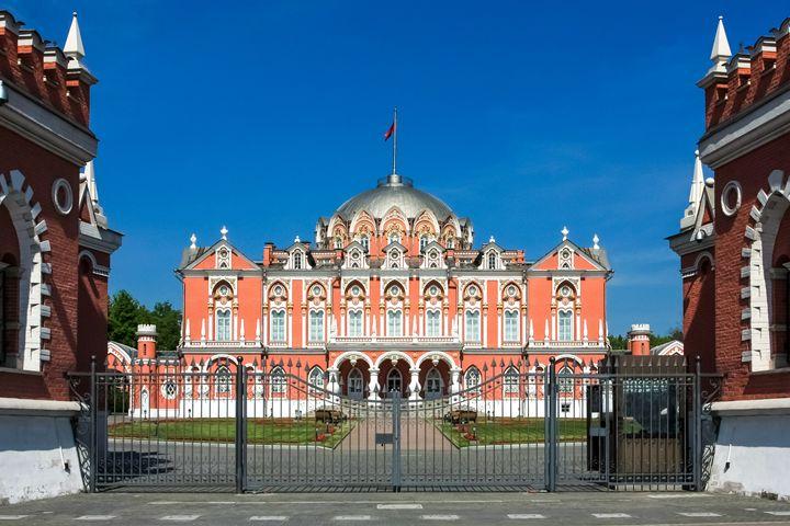 Petrovsky Palace. - Lery Solo