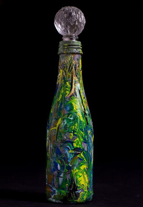 Art reflexion on glass - ART EMPIRE