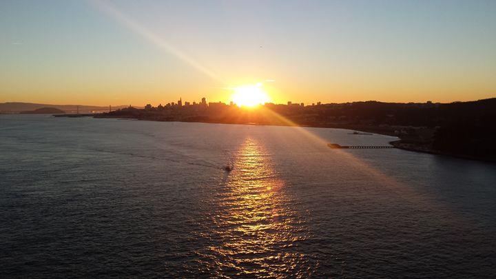 Golden Gate Bridge sunrise - J.G.Gallery