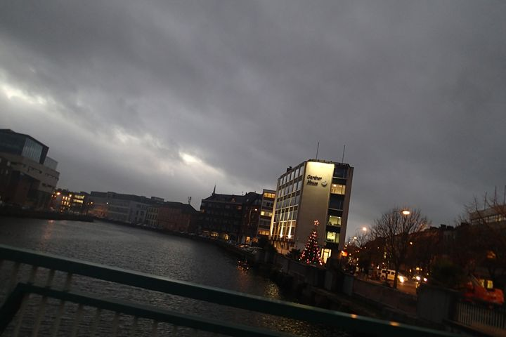 An Evening in Cork - Patrick Lauser