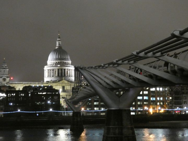 London By Night - Rosemary Colyer