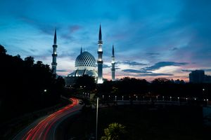 Magestic Mosque during Blue Hour