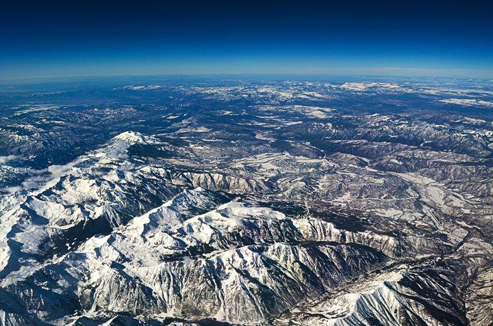 Colorado snow covered mountains. - Spade Photo