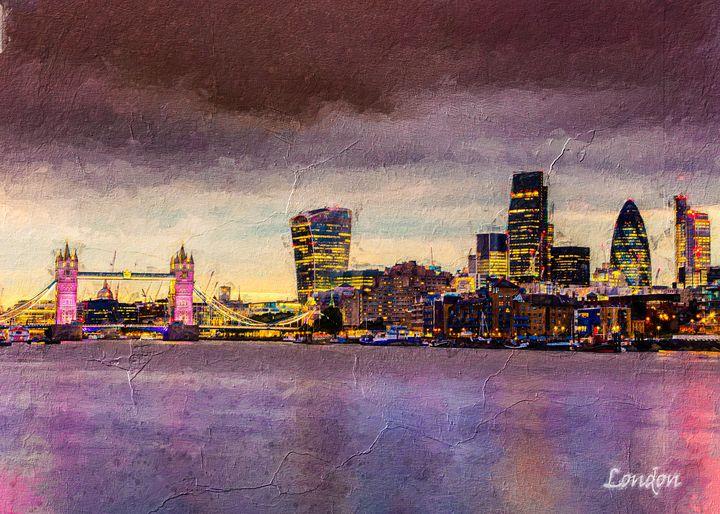 London - Anxhela Sufa