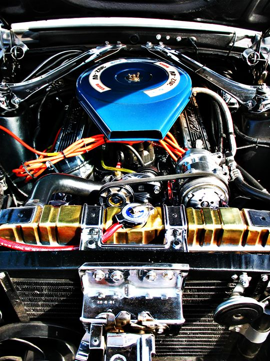 American Muscle Car Engine - Felix Padrosa