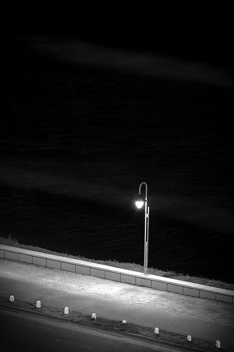 Light the sidewalk - Felix Padrosa