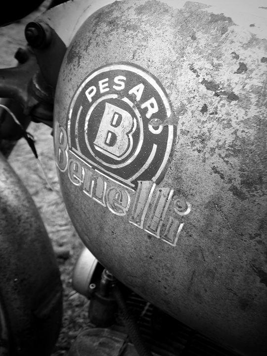 Vintage Benelli motorcycle gas tank - Felix Padrosa