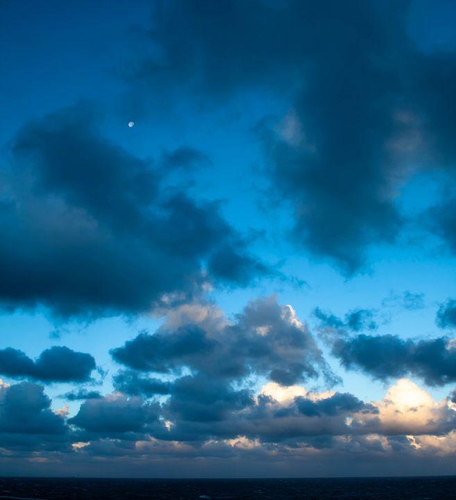 Day Break at Sea - Dan Vowles Photography
