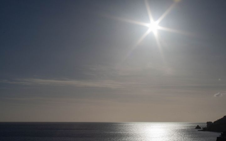 Star Burst Over the Sea - Dan Vowles Photography