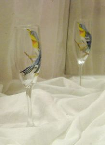 northern parula painted on wine glas