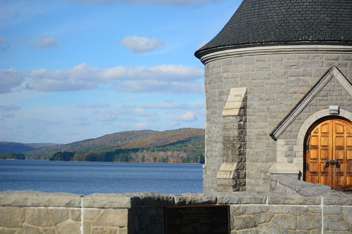 Barkhamsted Reservoir Tower - Nardozza Photography
