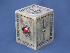 Castle-Wall Gold deck-box