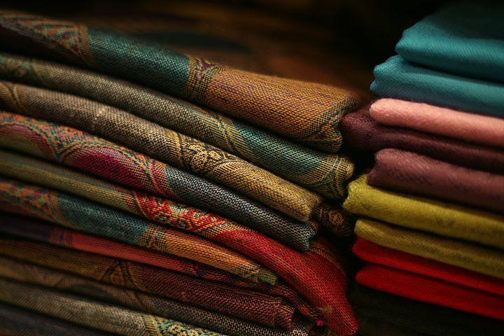 Folds Of Fabric - Emily Hibbert Photography