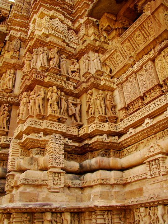 Reliefs of a temple in Khajuraho - Jleopold