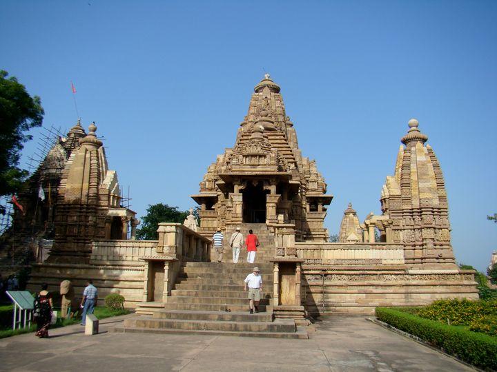 Beautiful temple in Khajuraho - Jleopold