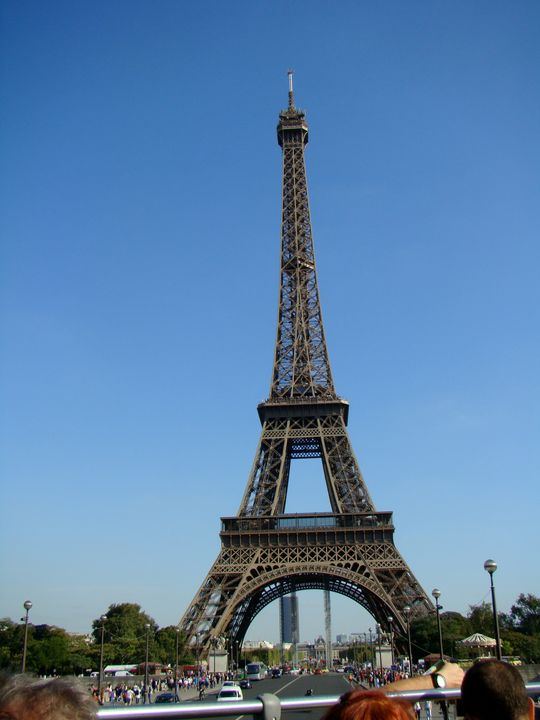 Amazing Eiffel Tower - Jleopold