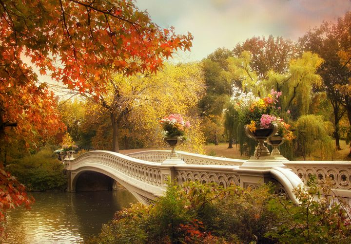 Bow Bridge Crossing - Jessica Jenney Photography