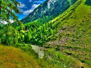 green summer mountain high