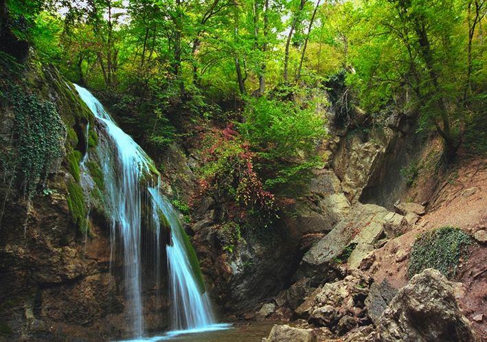 Waterfall Dzur Dzur - Yuriy Kruzhnov art work