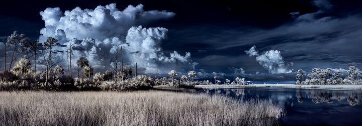 The Secret Spot - Photography by Michael Riffle