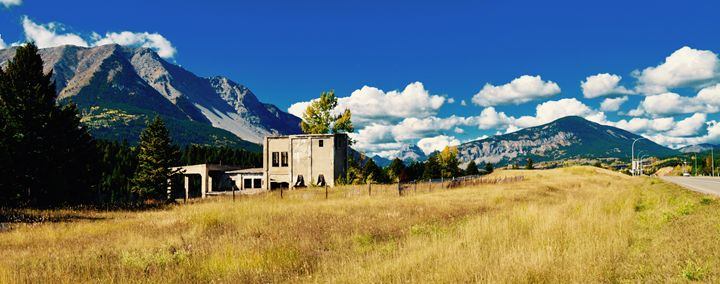 Crowsnest Panorama - Fledgling Creations