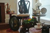 Monee's Collectables & Heirlooms