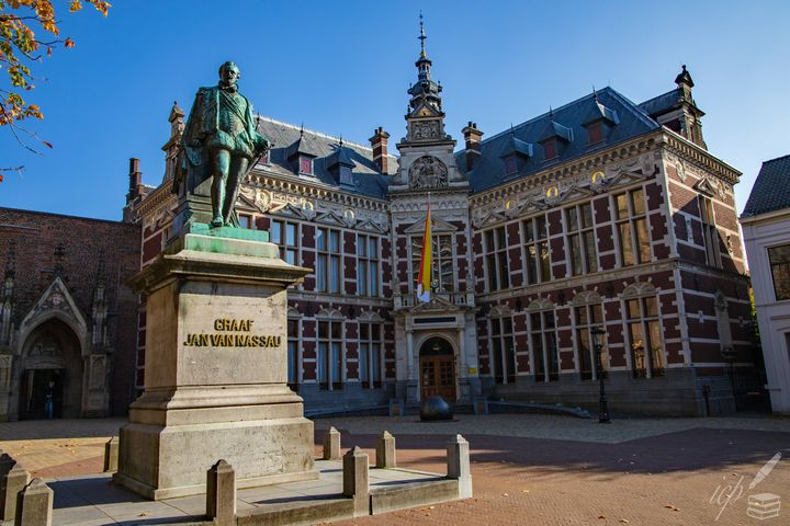 Whence the Dutch State Originates - IC Papachristos, MD