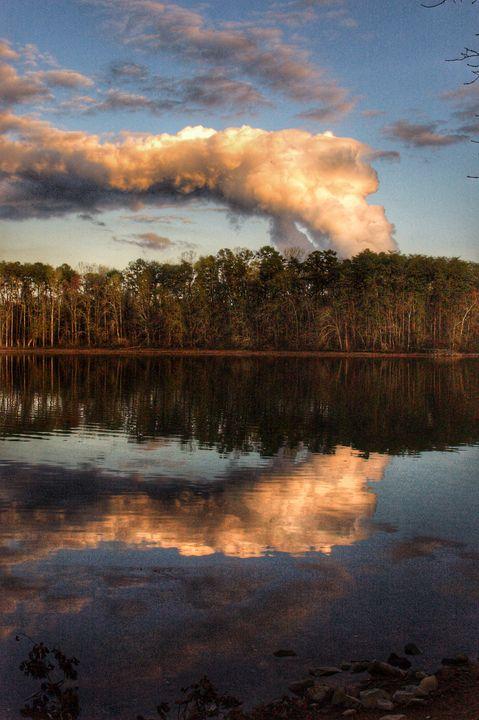Nuclear cloud - Edgyfotogeek