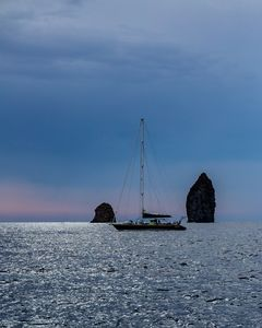 Sailing around Sicily