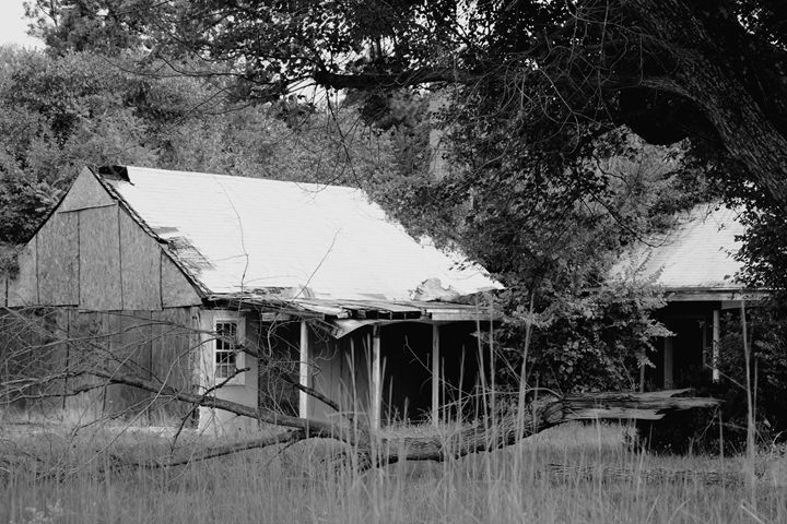 Abandoned Motel - Ashley Schwoebel