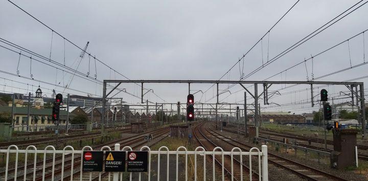 Train Rails - Maitri