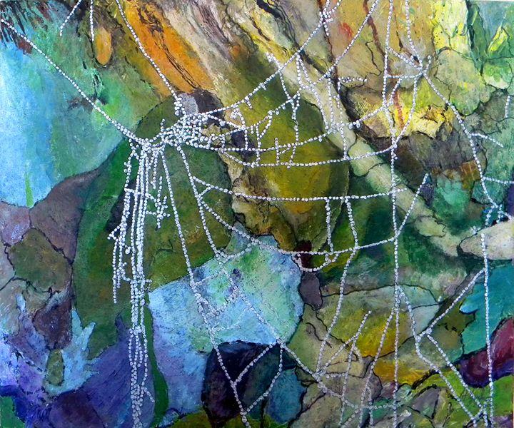 Broken Web - Alice