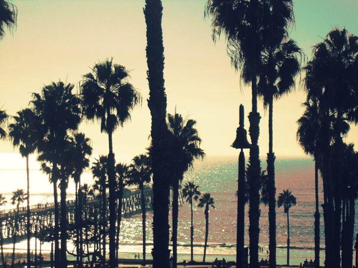 Love San Clemente - Blue Fusion Surf Art