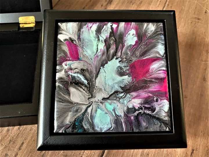 Blue Daffodil Jewelry/Trinket Box - McIntyre Fine Design
