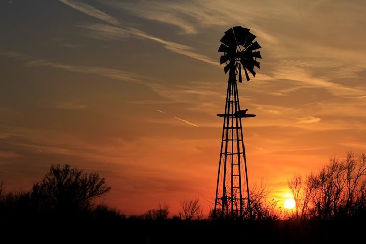 Kansas Windmill Silhouette,Sunset - Robert D Brozek
