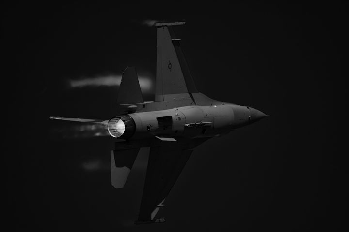 Viper Turn - Fight to Fly Photography